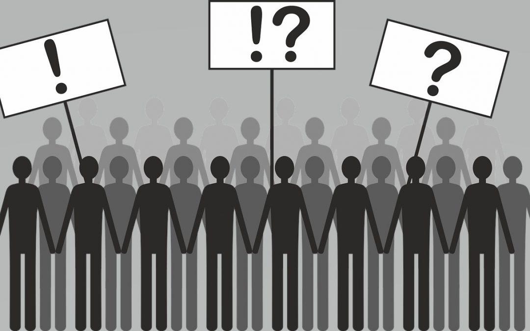 LA DEMOCRACIA, ENTRE LAS REDES Y LOS LABERINTOS
