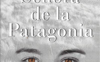 SEÑORA DE LA PATAGONIA DE SILVINA POSE POR ADOLFO ARIZA